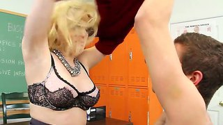 Blonde with amazing tits aiden starr seduces young xander corvus and makes him pound her tight pussy