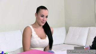 Female Agent: 554 HD Videos