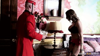 If the bellboy can satisfy this inked nympho, she'll gladly go for sex with him