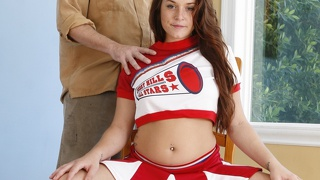 Cheerleader, Uniform, Blowjob, Rothaarig, Brünette