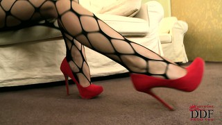 Red Toes: 2024 HD Videos