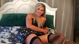 Stunning blonde lilly banks teases and provokes on bed