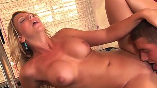 Brianna beach gets fucked by her boyfriend