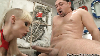 Leslie taylor makes sofia valentine gag on his meaty snake after she gets fucked in her anal hole