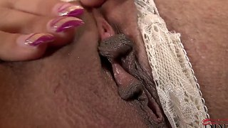 Randy whore johanna sweet plays with her twat