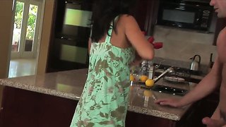 Tanned bitch with trimmed pussy jessica valentino gets a portion of sperm in the kitchen