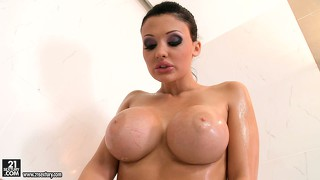 Slutty pornstar, aletta ocean fingers her bubbly bald bush in the bubble bath
