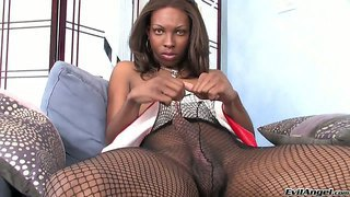 Nice black chesty she-male jessica dawson demonstrates her cock