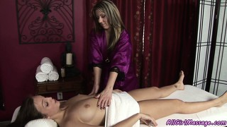 Excellent ass-massing and cunt rubbing fair with upholstered actress