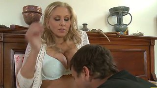 Barmfager, Mor, Blond, Sexy Mødre (Milf), Avsugning, Suge