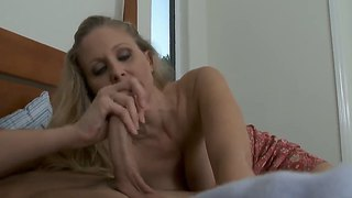 Blonde hottie julia ann pleases male seth gamble by deepthroating his long dick
