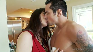 Joey brass licks delicious milf rayveness