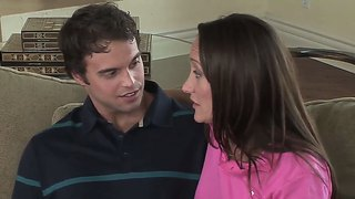 Sexy milf michelle lay invited her handsome young coach after the golf practice