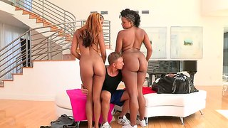 Sierra saint and sydnee capri get asses worshipped