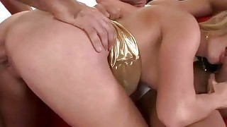 Classy blonde getting double fucked