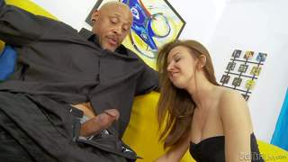 Pressley carter gives interracial blowjob to her hot stepdaddy