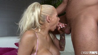 Candy manson gives her man an amazing bj and gets fucked raw