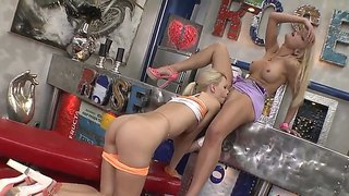 Hot and unforgettable fuck with two lesbians erica fontes,valentina valenti and their guy choky ice