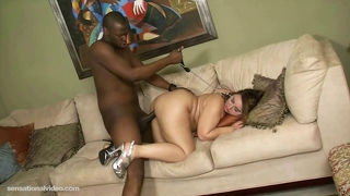 Sexy big booty white girl crawls to fuck big black cock