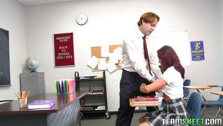 Redhead babe getting naughty at the school