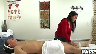 Adrianna luna delivers a deluxe happy ending
