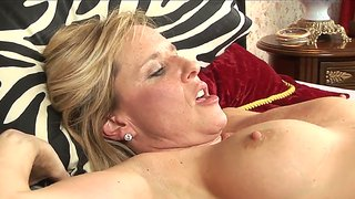 Blonde milfs with great forms demonstrate exciting lesbian action