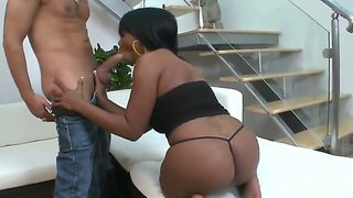 Ebony booty whore jessica grabbit gives her mouth and pussy for hardcore fuck to hot voodoo!