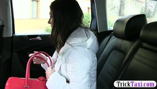 Cute russian tourist babe agrees to blowjob the taxi driver