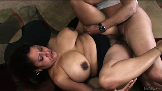 His hungry cock goes muff diving in her hairy latina mom twat