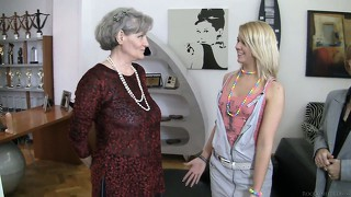 Old and young lesbians teach each other the ins and outs of pussy