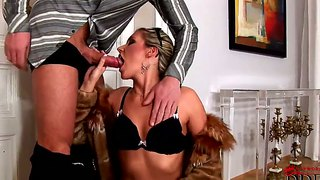 Cherry and sabrina kiss and suck penis simultaneously
