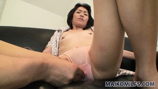 Hairy spot between dirty woman's legs should be stimulated nicely