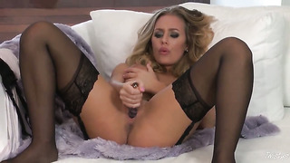 Nicole aniston with massive knockers and trimmed pussy is in heat in solo action