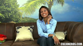 Latina liz paola gets naked at her first interview