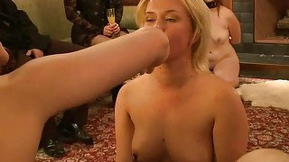 18 year old new to sex hot girl