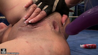 Amicable bitches angel long and cathy heaven find out who fingers better