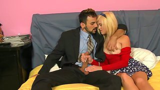 Lacey leveah and voodoo having crazy blowjob