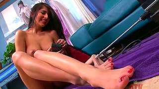 Caucasian babe megan salinas gets her young and wet pussy fucked by robo-machine