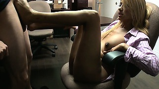 Phenomenal blonde strips her clothes revealing a sexy body before giving a great foot job