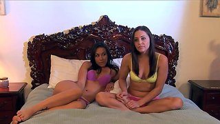 Gracie glam and sinn sage are interviewed