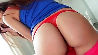 Round ass amateur girlfriend tries out anal sex