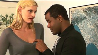 Darryl hanah gets seduced by her office mate