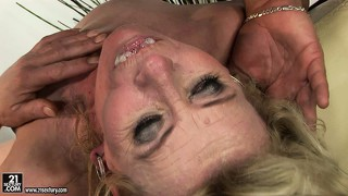 Granny, Squirting, Haarig, Blowjob, Blond