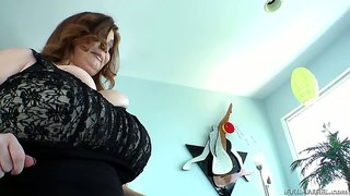 Slutty bbw lexxxi luxe gets her enormous tits fucked
