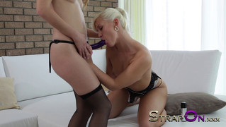 Blonde babe fucked by girlfriend in her stockings