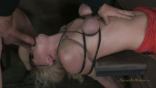 Deepthroat, Vibrator, Mond, Blond, Bdsm