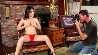 Asian sweetie evelyn lin goes down on jordan ash