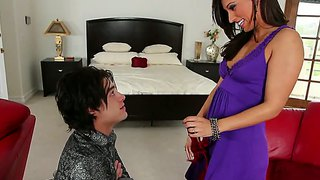 Reena sky blindfolds her man and gives him a sweet blowjob!