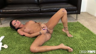 Raven bay wants to show you how to make her cum with her range of toys