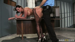 She sits on the table spreading her legs wide open and he drills her snatch deep